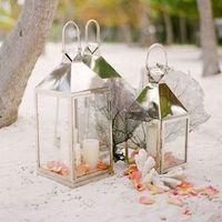 Lantern Reception Decor