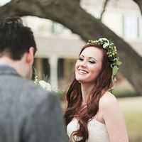 Green Nature-Inspired Head Wreath