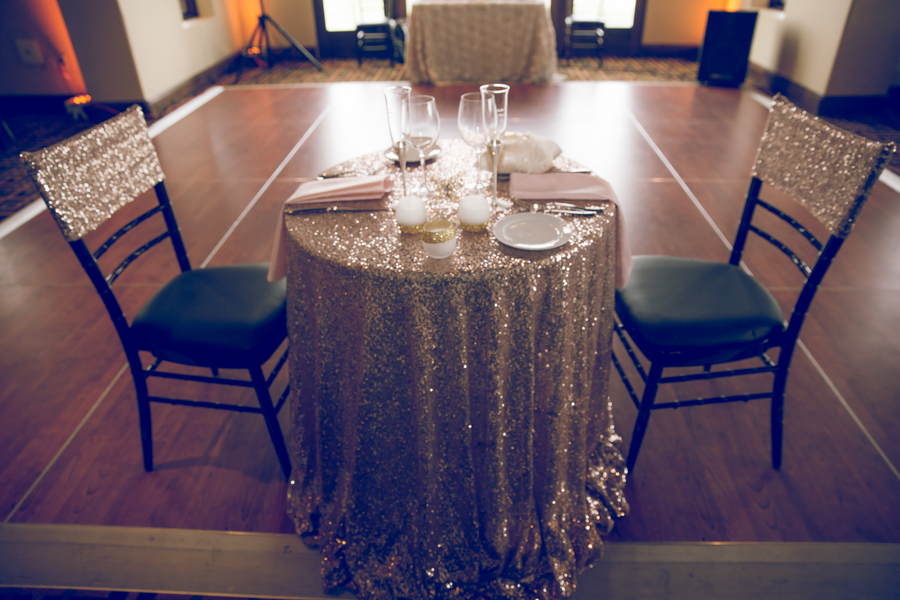 Sparkly Sweetheart Table