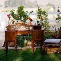 Outdoor DIY Welcome Table
