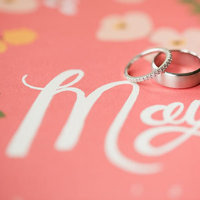 8 Creative Photo Ideas for Ring DIsplay
