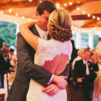 8 Wedding Hairstyles For the Rustic Bride