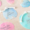 1402941134 thumb 1402941148 content finished styled diy seashell escort cards 12