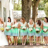 9 Photos That Prove Patterned Bridesmaid Dresses Are the Way to Go