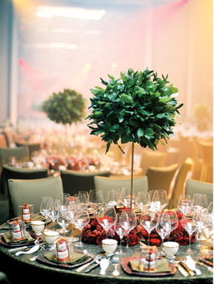 Flowers & Decor, Real Weddings, Wedding Style, red, green, Centerpieces, Glam Real Weddings, Glam Weddings, singapore weddings, singapore real weddings