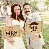 Mr and Mrs Photobooth Signs