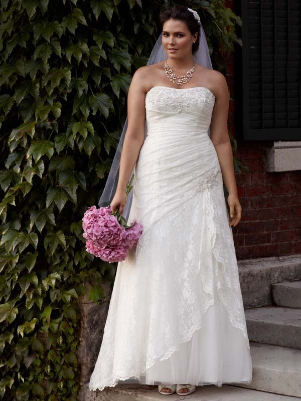Wedding Dresses, Lace Wedding Dresses, Fashion, Lace, Strapless, Strapless Wedding Dresses, Fit and flare, David's Bridal, Woman, Sleeveless, side draped, side split, laceclassic