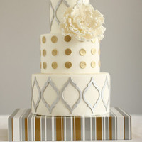 Quatrefoil Dot and Stripe Cake
