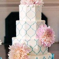 Blue Quatrefoil Cake