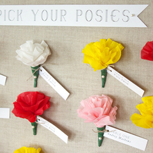 1412198887_ideas_homepage_1369853244_content_diy_diy-paper-flower-escort-cards_1