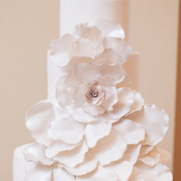 Glam White Flower Cake