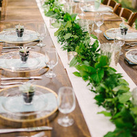 Leafy Garland Table Runner
