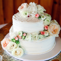 Rose and Ranunculus Cake