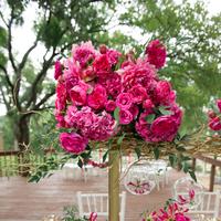 Glam Fuchsia Centerpiece