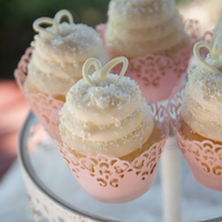 Pretty Pink and White Cupcakes