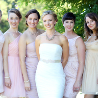 Loryn and her Bridesmaids