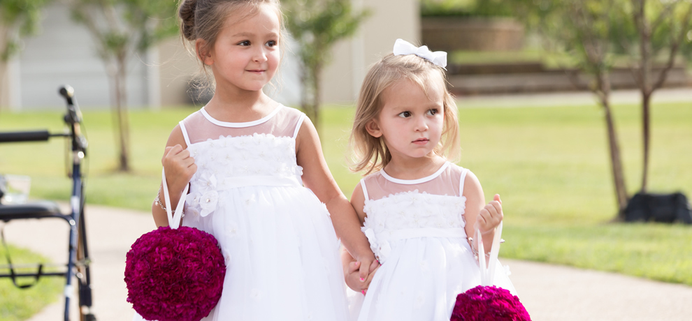1418851143 photo slider flower girls