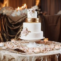 Glam Fairytale Wedding Cake