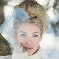 Wintry Bridal Beauty