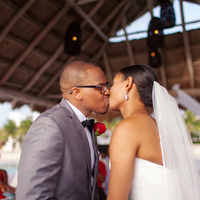 Nicole and Derrell's Kiss