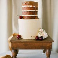 Wooden Table Cake Stand