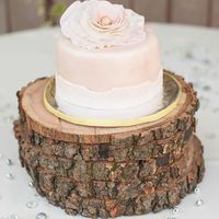 Stacked Wood Slices Cake Stand