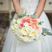 Feminine Garden Rose Bouquet