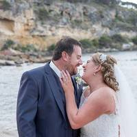 Picture the Perfect Beach Wedding- Dunsborough Wedding Photographer
