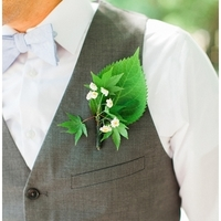 Rustic Groom Bouotonniere
