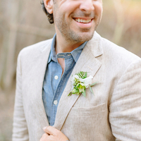 Rustic Spring Boutonniere