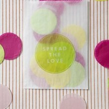 1430500680 ideas homepage 1369924640 content diy giant confetti project 1