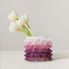 1430501029 ideas homepage 1368121213 content diy ombre ruffle vase 1