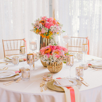 Glam Pink and Gold Tablescape