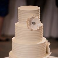 Classic Elegant Wedding Cake