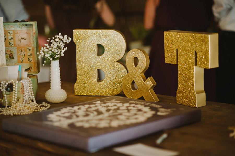 35 amazing gold wedding decorations