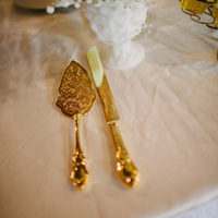 Gilded Cake Serving Set