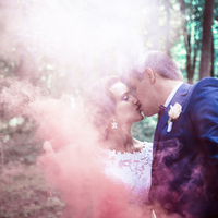 pink, Bride, Groom, Kiss, Nature, Photoshoot, Idea, smoke bomb
