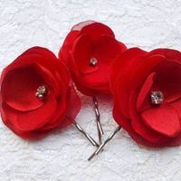 red, Red wedding, red hair clips