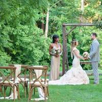 Clean, Classic, and Chic Nuptials