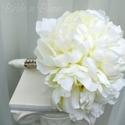 1485194419 thumb cream peony bouquets